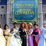 """13 คุณสมบัติที่ Disney มองหา เพื่อคัดเลือกมาเป็น """"เจ้าหญิง"""" ในดิสนีย์แลนด์!!"""