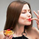 7 มารยาทสุดแปลกบนโต๊ะอาหารในแต่ละเทศ ที่จะทำให้คุณสงสัยว่า อย่างนี้ก็มีด้วย?!!
